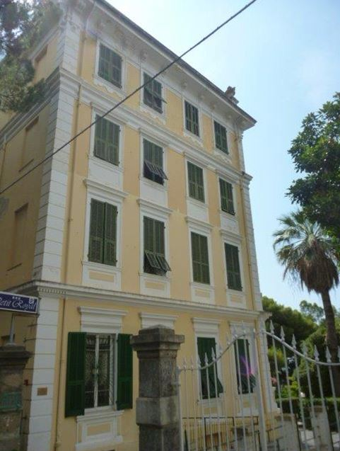 Ospedaletti (IM) – Petit Royal hotel
