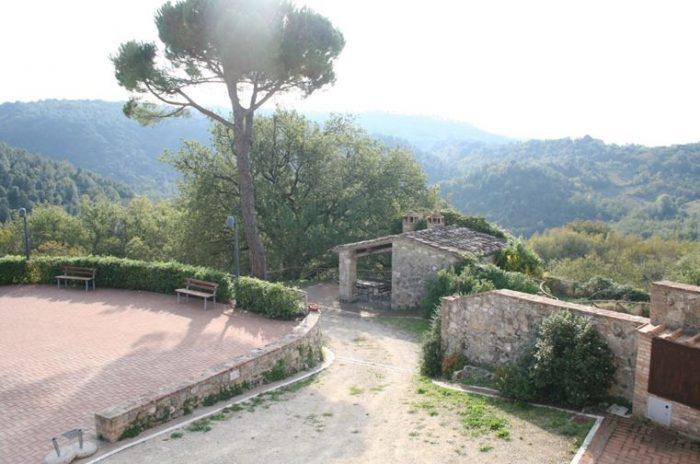 Sovicille (SI) – Montarrenti Castle