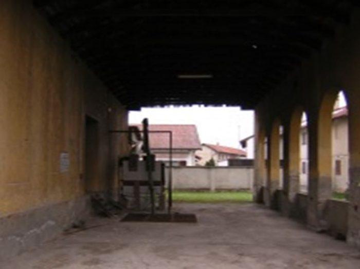Borgolavezzaro (NO) – ex essiccatoio