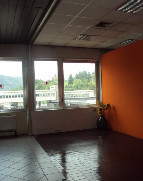 COMO – COMMERCIAL BUILDING (BROGEDA COMO CUSTOMS BORDER)