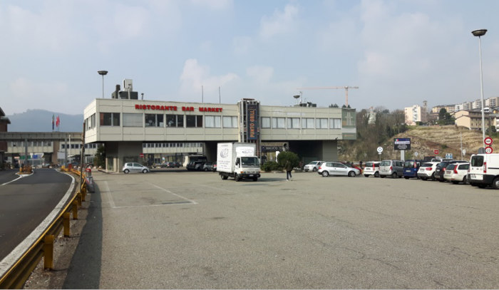 COMO – COMMERCIAL BUILDING (BROGEDA COMO CUSTOMS BORDER)